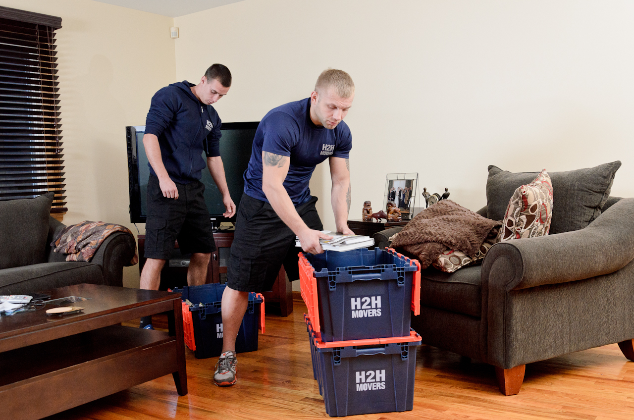 9 packing tips from chicago moving company that will make your move much easier h2h movers. Black Bedroom Furniture Sets. Home Design Ideas