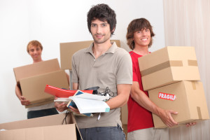 Students-Moving-into-Halls